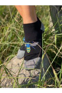 Женские укороченные (спортивные) хлопковые носки с тканым изображением пчёл синего цвета BEE (пчела) | Sokisahtel