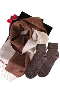 Kahepoolse alpakavillast salli ja alpakavillaste sokkidega kinkekarp naistele | Sokisahtel