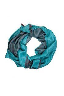 Шаль двусторонняя в оттенках бирюзового цвета из смеси шелка и шерсти альпака ALPACA | Sokisahtel