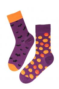 FLYING BAT Halloween socks with bats and pumpkins | Sokisahtel