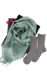 Alpakavillast salli ja ANNI hallide sokkidega kinkekarp naistele | Sokisahtel