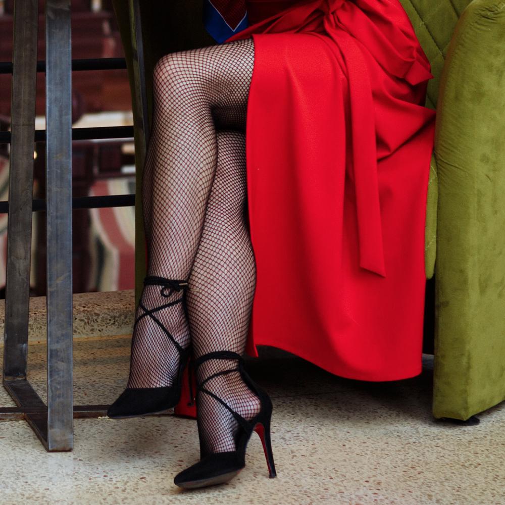 Image illustration for Fishnet tights fashion trends 2021